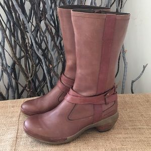 Merrell Luxe Whip Boots